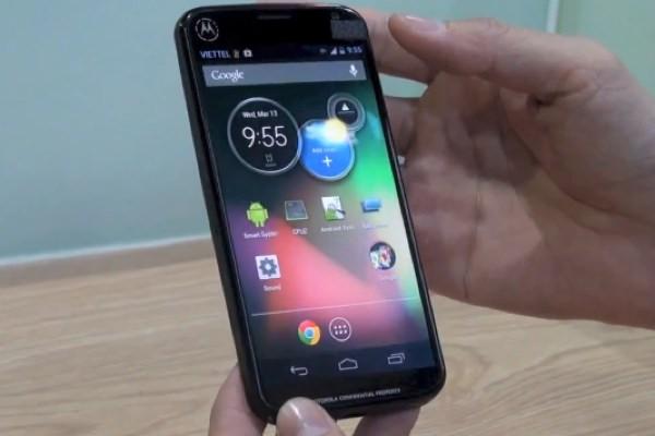 O Motorola X, que teve informações vazadas, pode ser o novo Nexus 5 (Foto: Reprodução/PhonesReview)